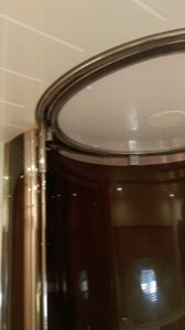 New stainless steel guide for the VIP shower